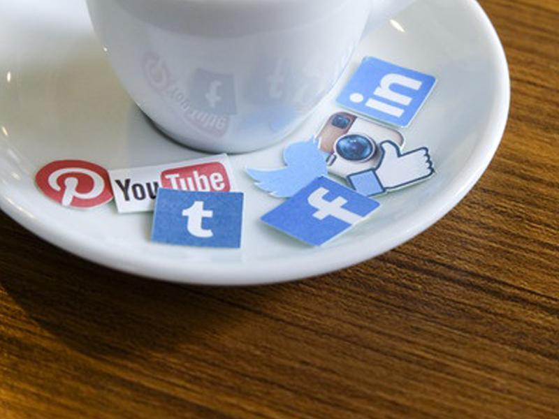 Social Media in Adult